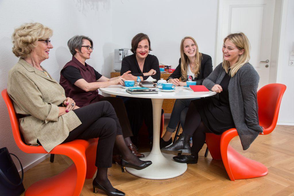 Das Planungsteam: (v.l.n.r.) Jutta Wilfert, Annette Eckerle, Petra Heinze, Lena-Mara Pfaffl, Patricia Schaller Foto: Rüdiger Schestag