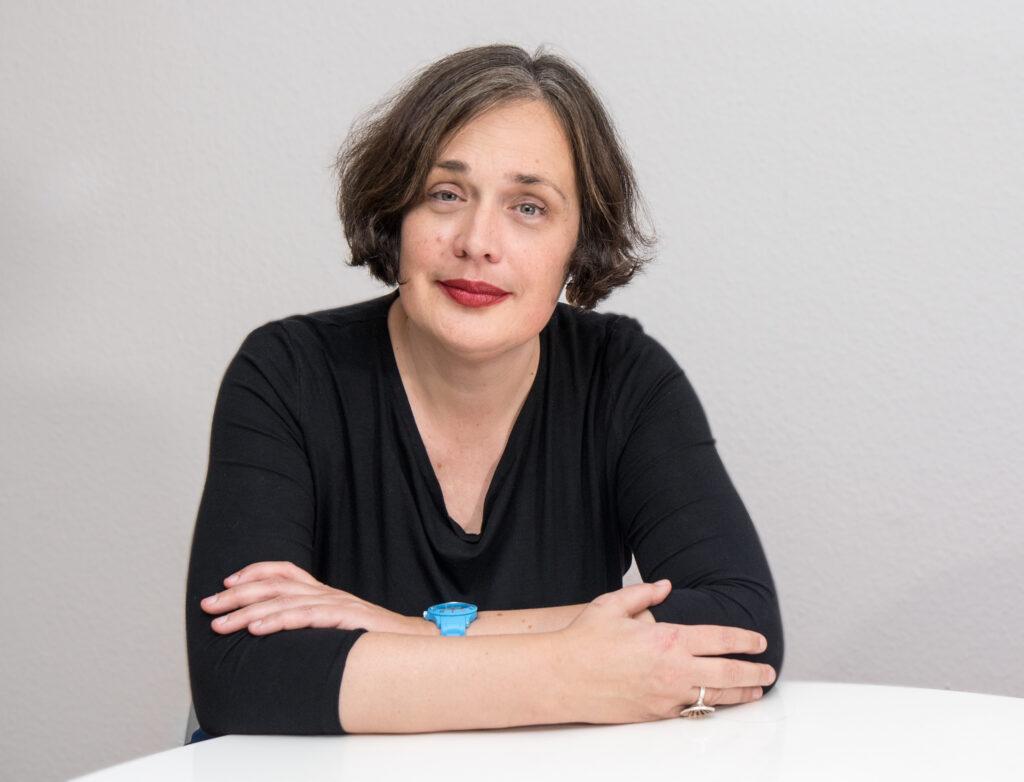 Unsere Redakteurin Petra Heinze, Foto: Rüdiger Schestag